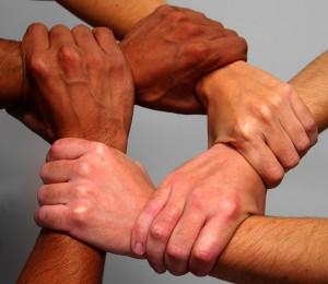 interlocking_hands